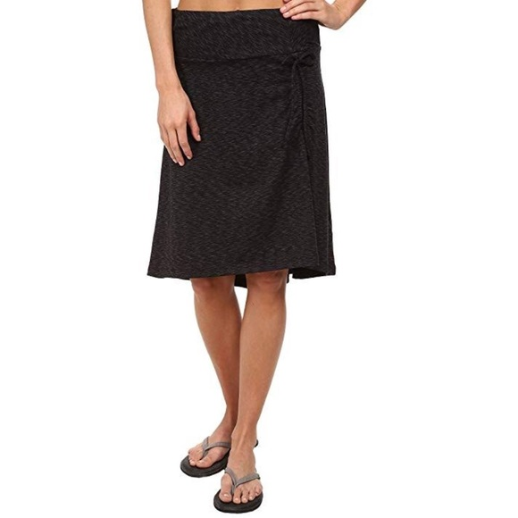 57788eff3 The North Face ruched Cyprus skirt